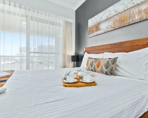 deluxe-1-bedroom-3